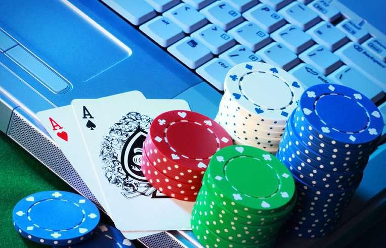 programmi per vincere a poker online