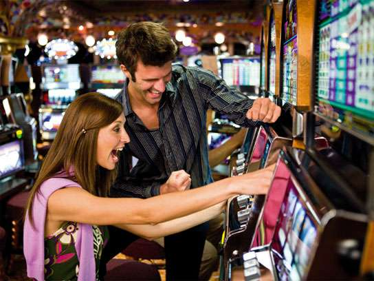 how to win at the casino slot machines