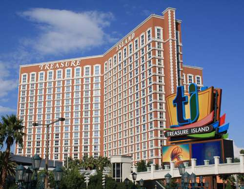 Las-Vegas-Hotels-Treasure-Island